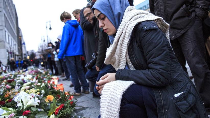 Gesellschaft, Muslime und der Terror, Muslim, Islam, Islamischer Staat, Dschihad, Anschlag, Selbstmordattentäter