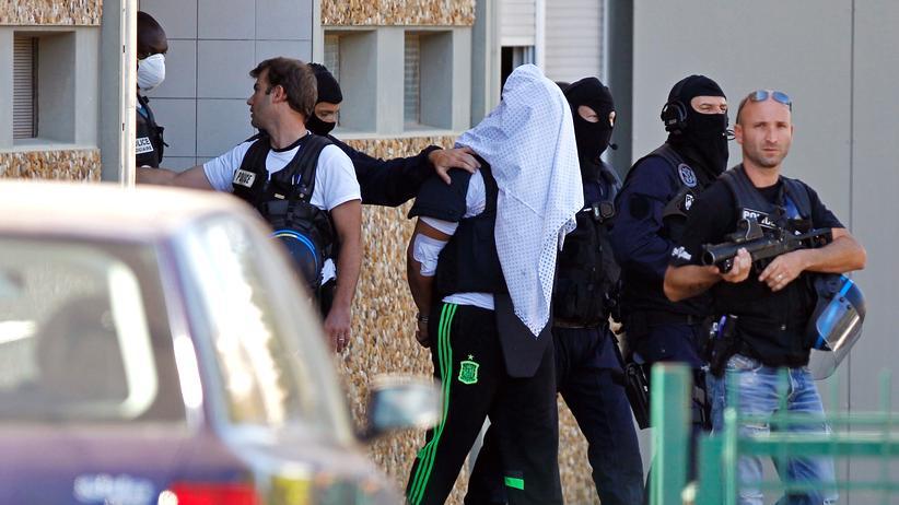 Frankreich: Yassin S. bei seiner Verhaftung (Archivbild)