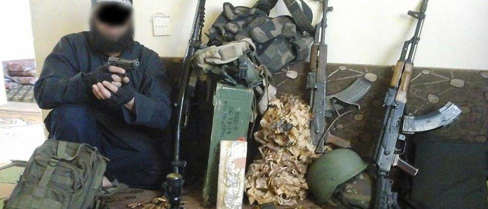 Der mutmaßliche IS-Terrorist Farid A. auf einem Foto, das ihn in Syrien zeigen soll