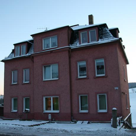 Rassismus: Dieses Haus attackierte die Freitaler Bürgerwehr mit Sprengsätzen