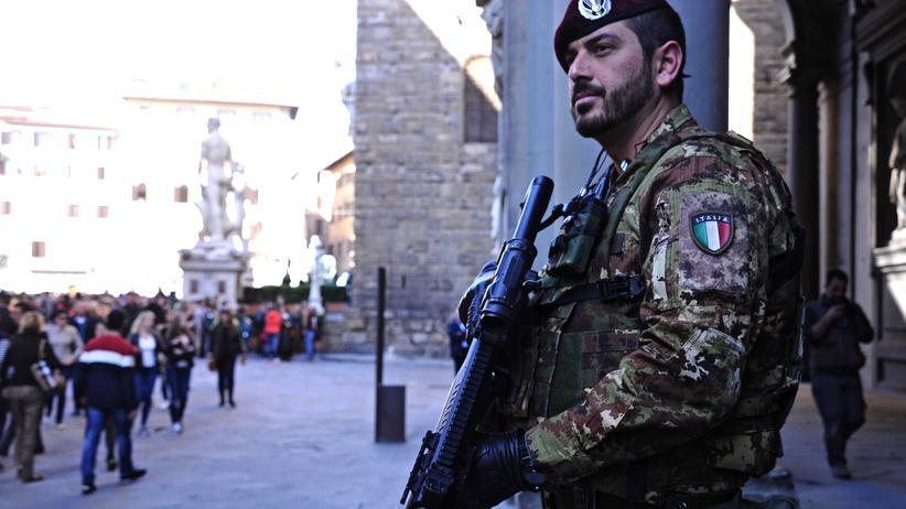Brüssel: Nach den Anschlägen in Brüssel haben viele EU-Staaten ihre Sicherheitsvorkehrungen verschärft – wie hier im italienischen Florenz.