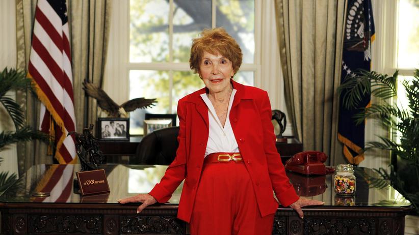 USA: Die ehemalige First Lady Nancy Reagan im Weißen Haus in Washington (Bild aus dem Jahr 2011)