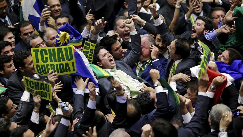 Abgeordnete entscheiden über das Amtsenthebungsverfahren gegen Brasiliens Präsidentin Dilma Rousseff.