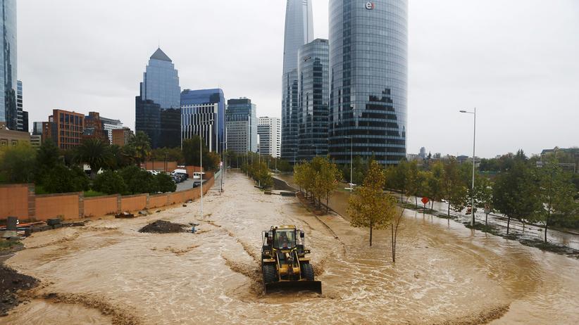 Überschwemmungen in der Hauptstadt Santiago de Chile