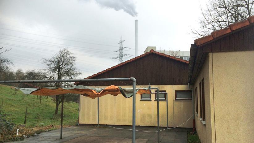 Hinterhof der Unterkunft für auffällige Flüchtlinge in Deizisau