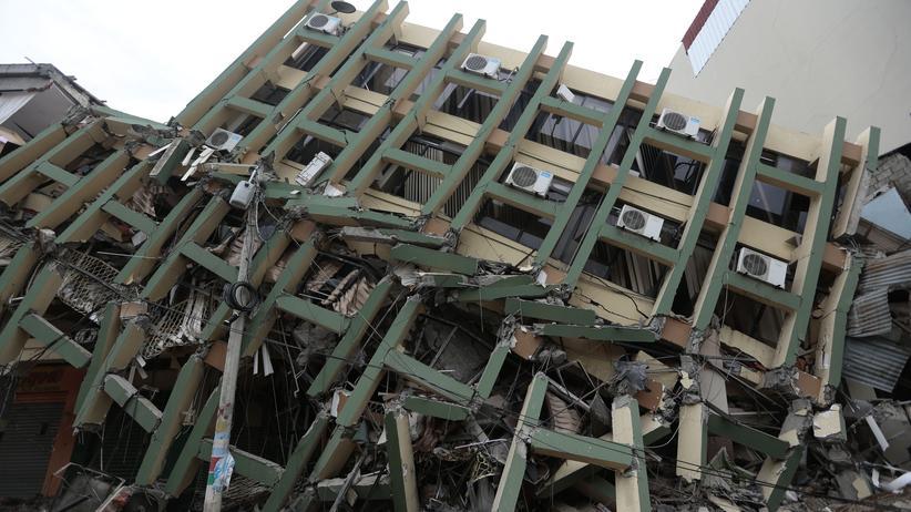 Erdbeben: Zahl der Toten in Ecuador steigt auf mehr als 230