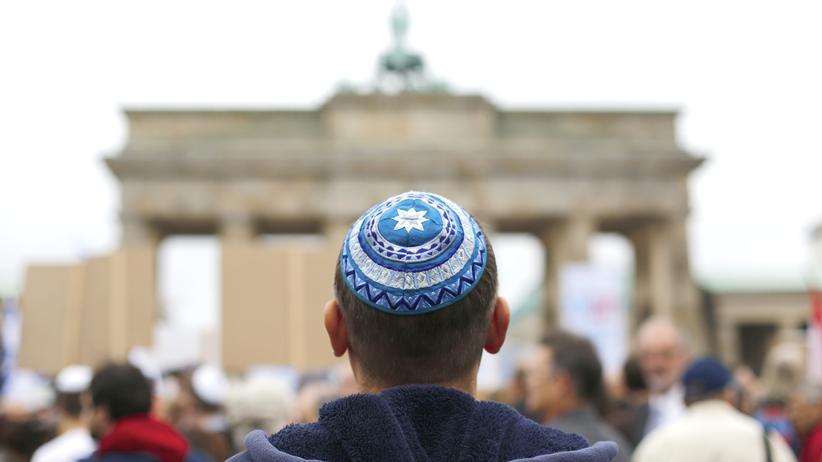 Antisemitismus: Mehr als 1.300 antisemitische Straftaten in Deutschland erfasst