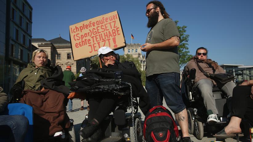Behinderte Menschen: Von wegen Teilhabe