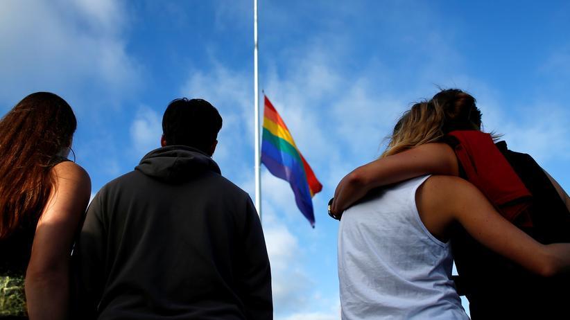 Orlando-Attentat: Trauer um die Opfer: Gedenken in San Diego