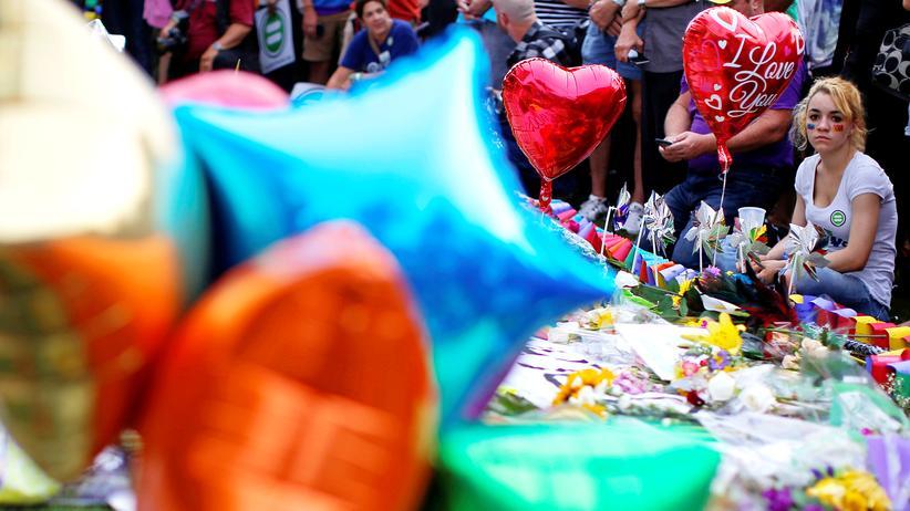Islamischer Staat: Trauern um die Opfer von Orlando