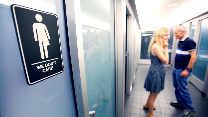 All-Star-Game NFL Basketball Transgender Toilette