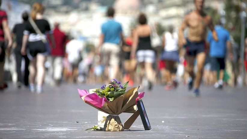 Gedenken an der Promenade des Anglais