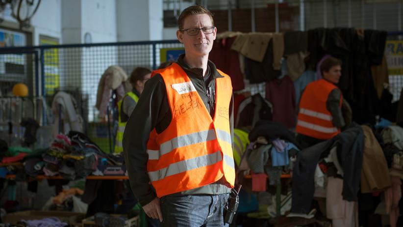 Flüchtlingshilfe: Pressesprecher der ehrenamtlichen Helfer in München, Colin Turner