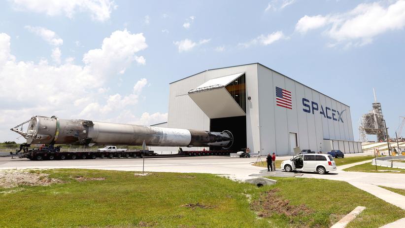 SpaceX: Rakete auf Weltraumbahnhof Cape Canaveral explodiert