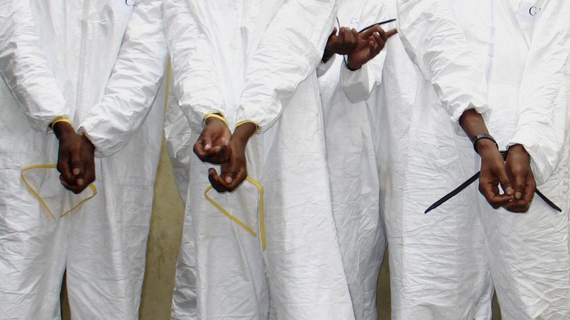 Somalia: Piraten lassen Geiseln nach viereinhalb Jahren frei