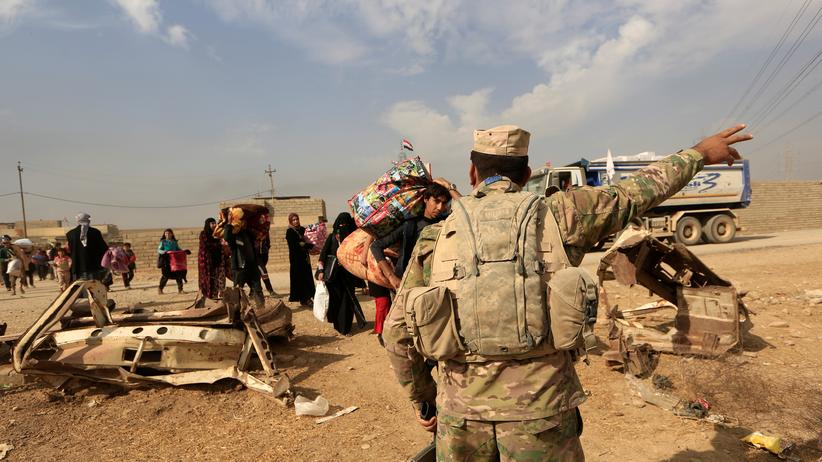Beim Vormarsch auf Mossul könnten irakische Sicherheitskräfte Kriegsverbrechen begangen haben.