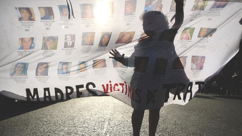 Lateinamerika: Zehntausende demonstrieren gegen Gewalt gegen Frauen