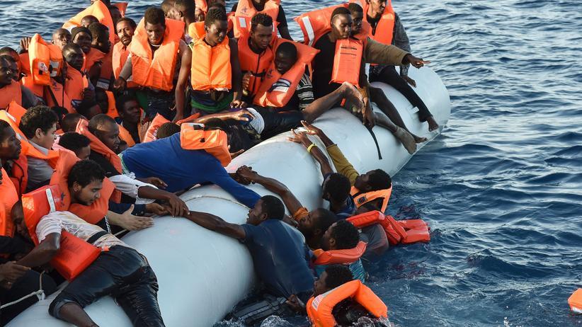 Libyen: Mehr als 200 Flüchtlinge im Mittelmeer vermisst
