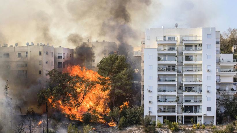 Israel: Haifa in Flammen