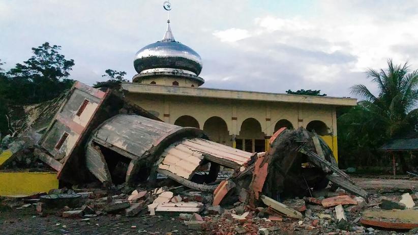 Südostasien: Fast 100 Tote bei Erdbeben in Indonesien