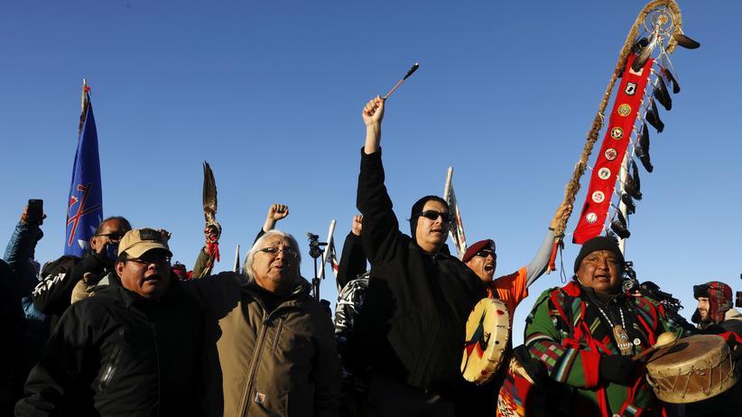 North Dakota: US-Armee stoppt umstrittenen Pipeline-Bau