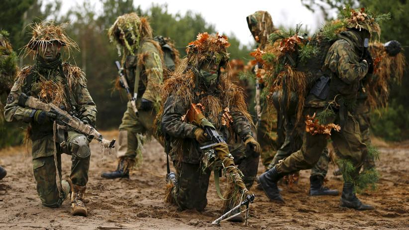 Polen: Polnische Paramilitärs bei einer Übung (Archivbild)