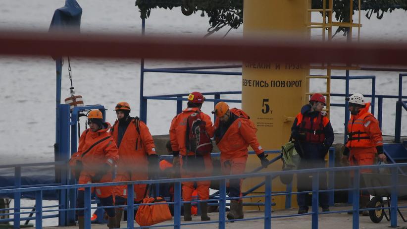Russland: Die russischen Rettungskräfte wollen vorerst weiter nach Überlebenden suchen.