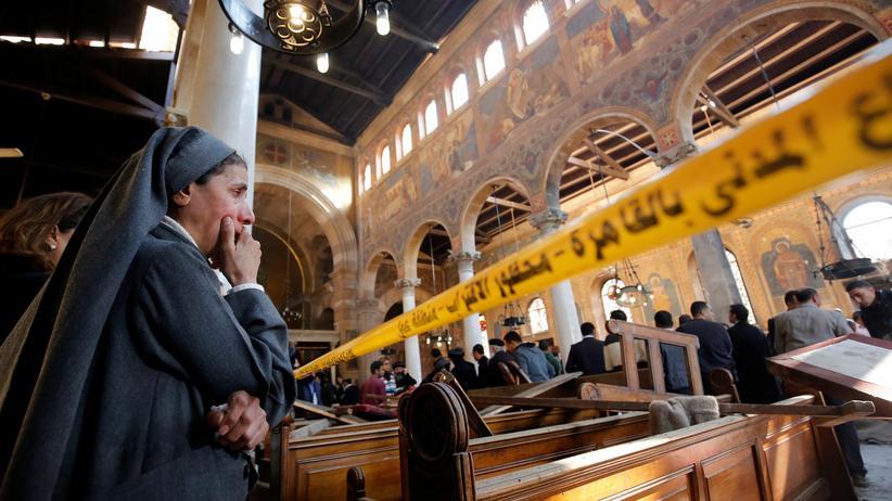 Christen in Ägypten: Nach dem Anschlag am 11. Dezember war die koptische Kirche in Kairo schwer verwüstet
