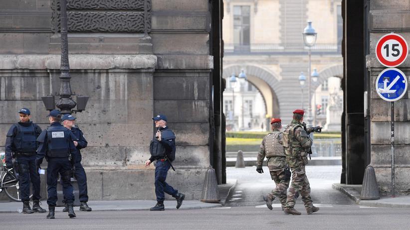 Paris: Angreifer soll aus Ägypten stammen
