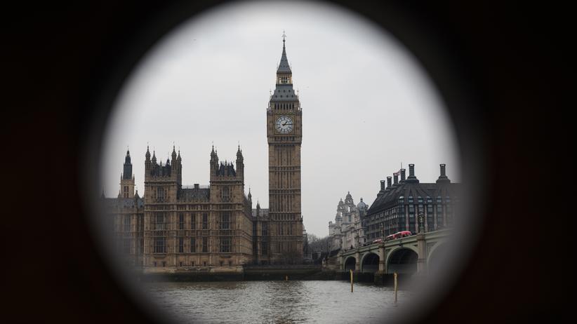 London: Scotland Yard verhaftet vier weitere Verdächtige