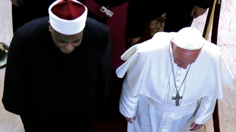 Ägypten: Abbas Shuman, Imam der Al-Azhar-Moschee, mit Papst Franziskus