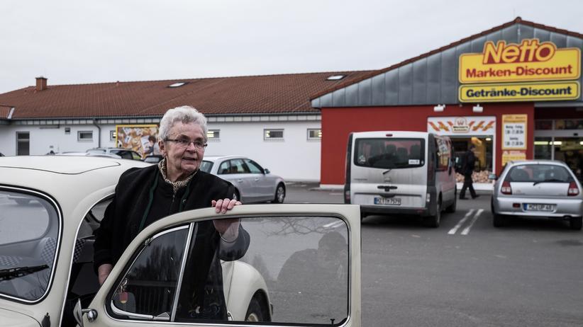Nierstein: Ein Supermarkt im Gewerbegebiet von Nierstein