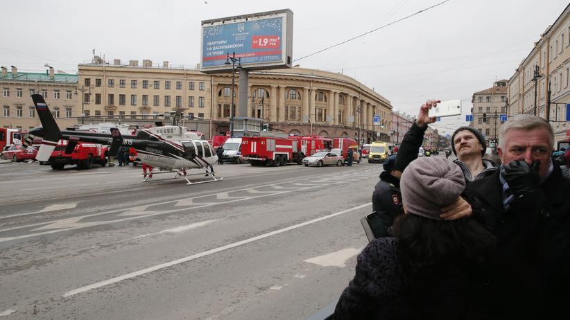 Russland: Ermittler gehen von Anschlag in St. Petersburg aus
