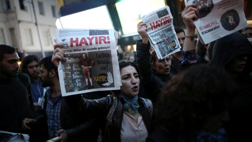 Türkei: Demonstranten gegen das Referendum in Istanbul