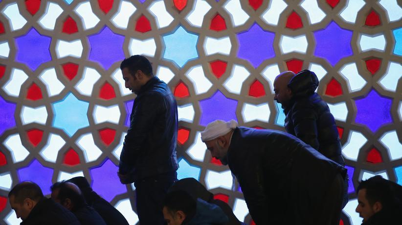 Islam: Alles Rassisten, oder was?