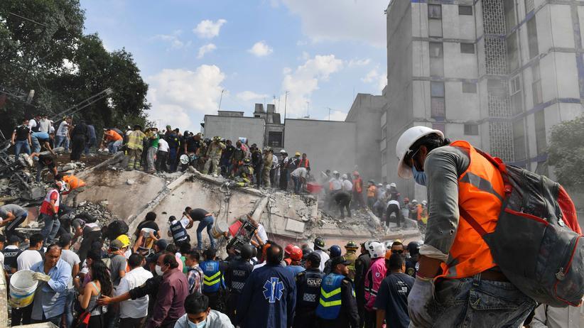 """Erdbeben in Mexiko: """"Die Zeit läuft gegen uns"""""""
