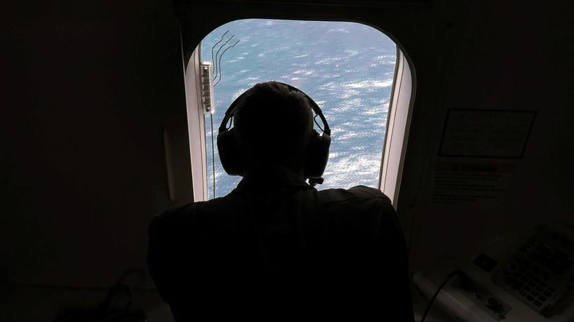Argentinien: Mit mehreren Flugzeugen wird nach dem U-Boot gesucht.