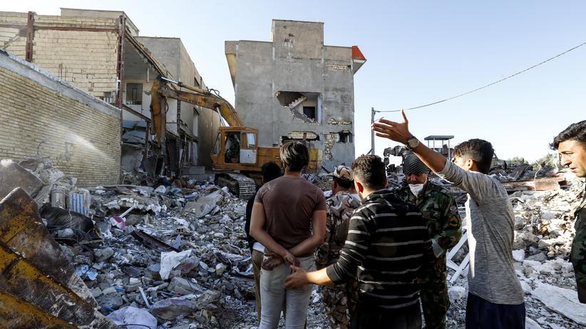 Erdbeben: Iran stellt Suche nach Überlebenden ein