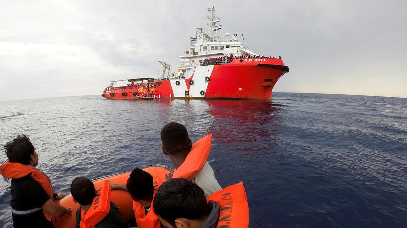 Mittelmeer: Viele Tote bei Flüchtlingsunglück vor Italien