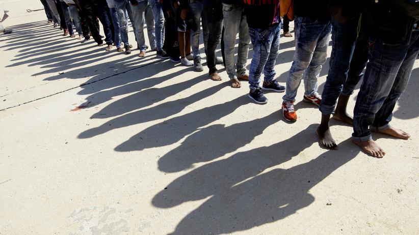 Menschenhandel: Libyen will Bericht über Versteigerung von Flüchtlingen untersuchen