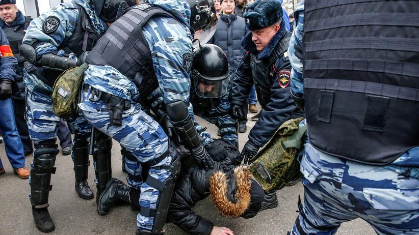 Russland: Polizei nimmt in Moskau 263 Oppositionelle fest