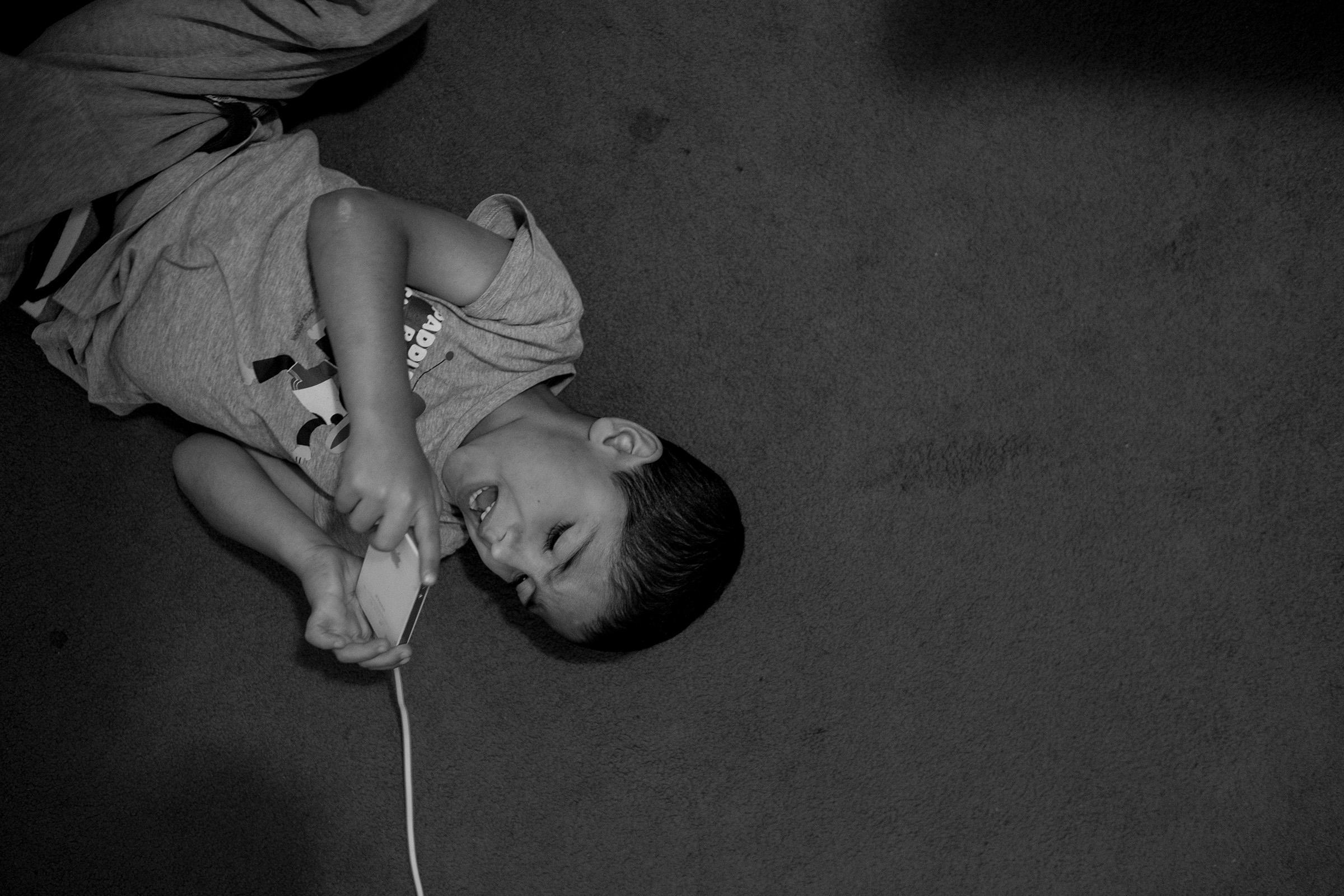 fluechtlinge-syrien-berlin-asyl-integration-amboden
