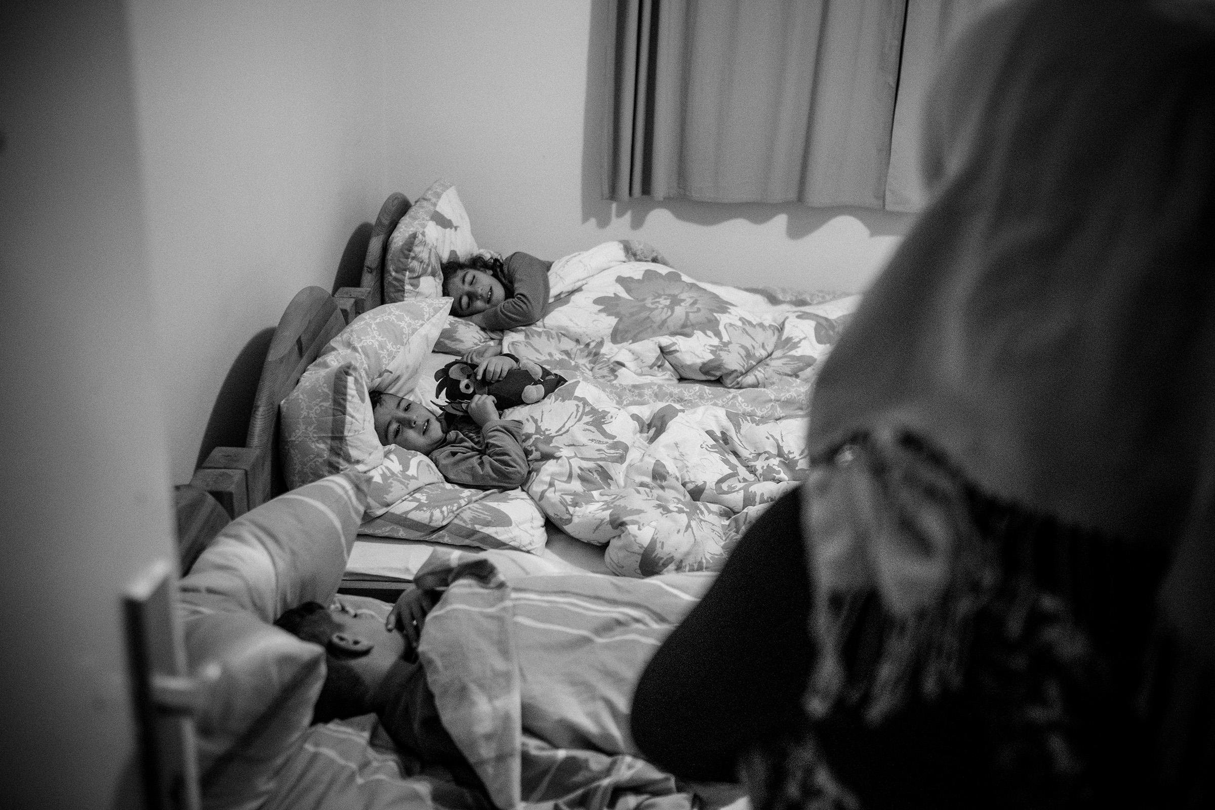 fluechtlinge-syrien-berlin-asyl-integration-bett