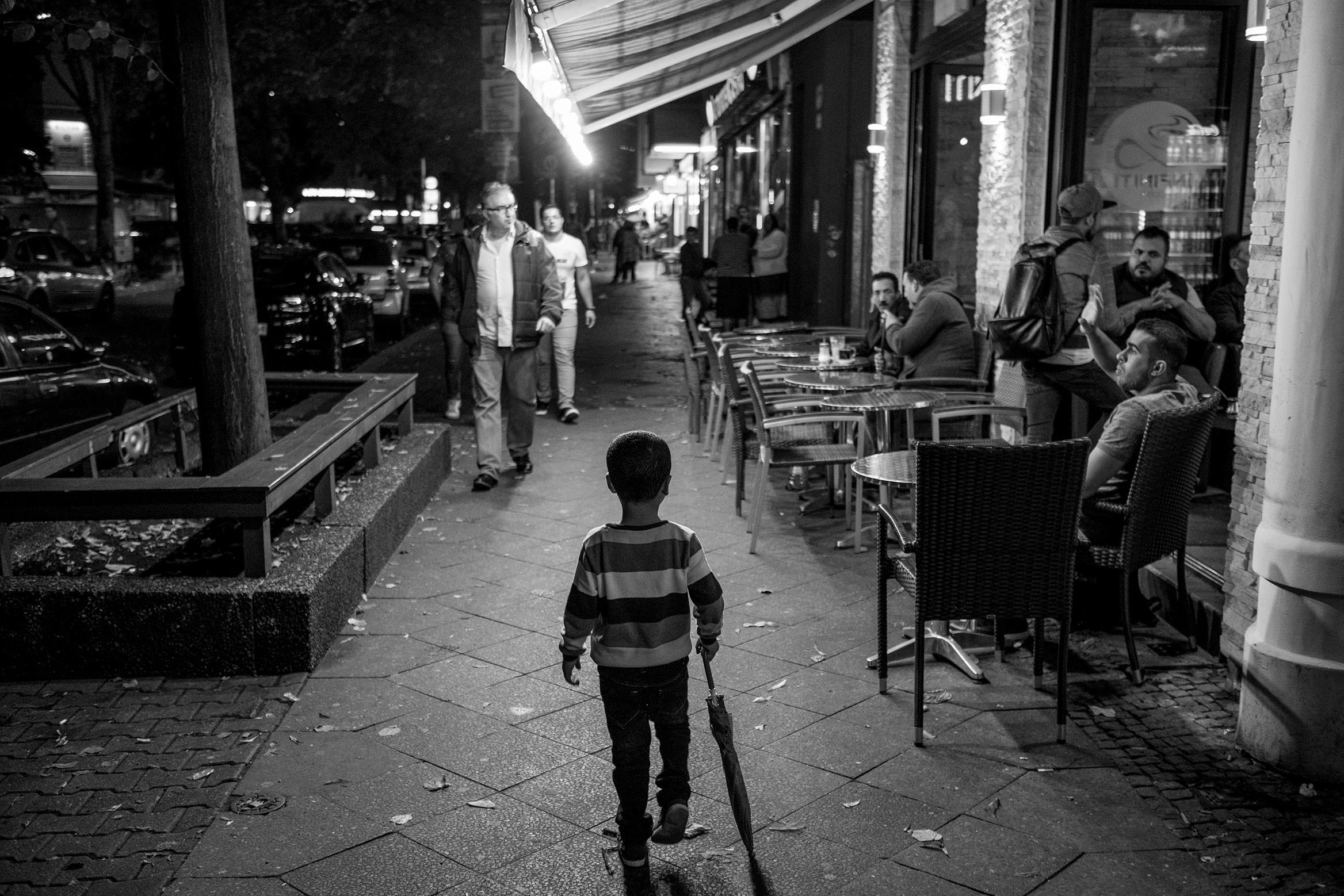 fluechtlinge-syrien-berlin-asyl-integration-junge