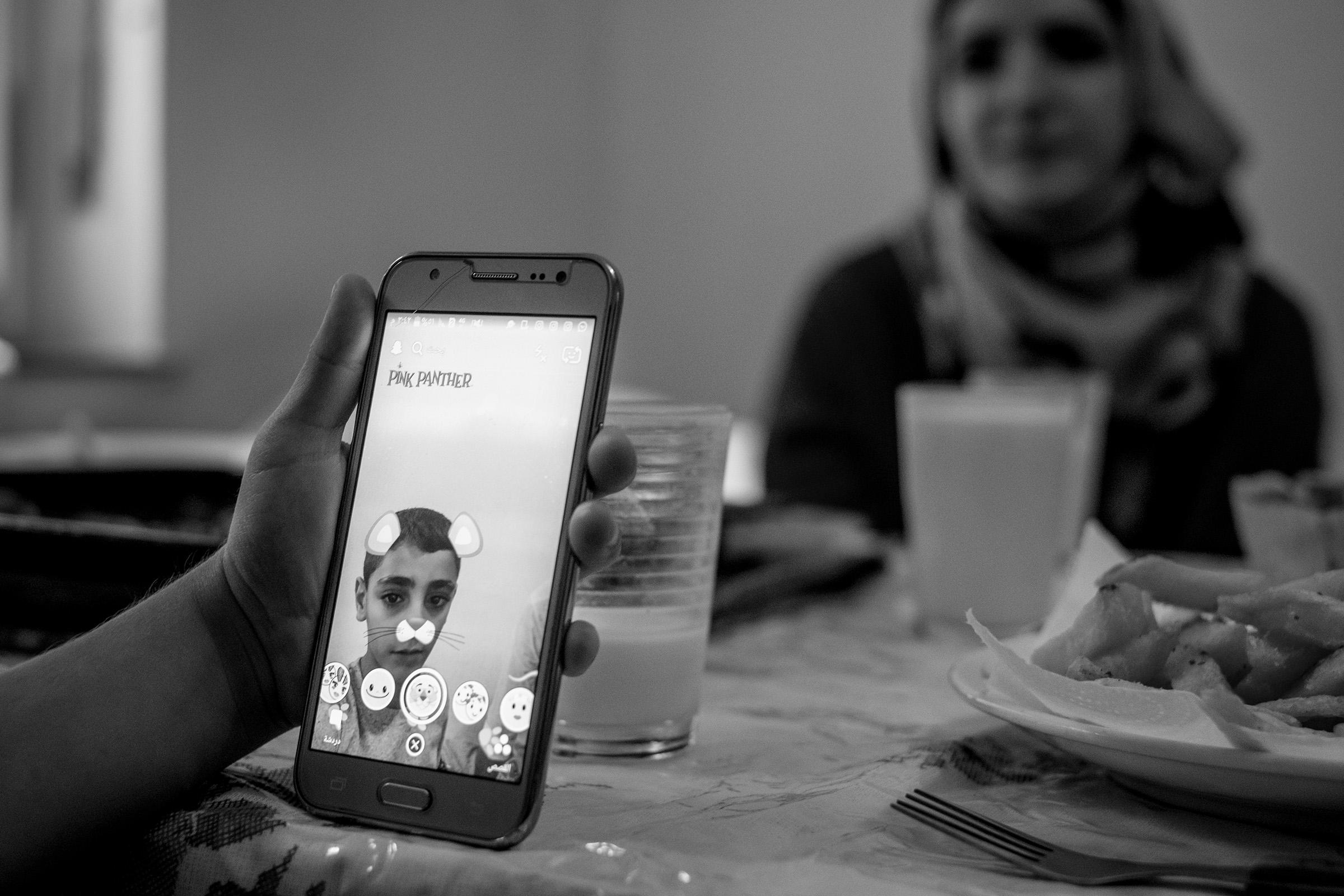fluechtlinge-syrien-berlin-asyl-integration-mobile