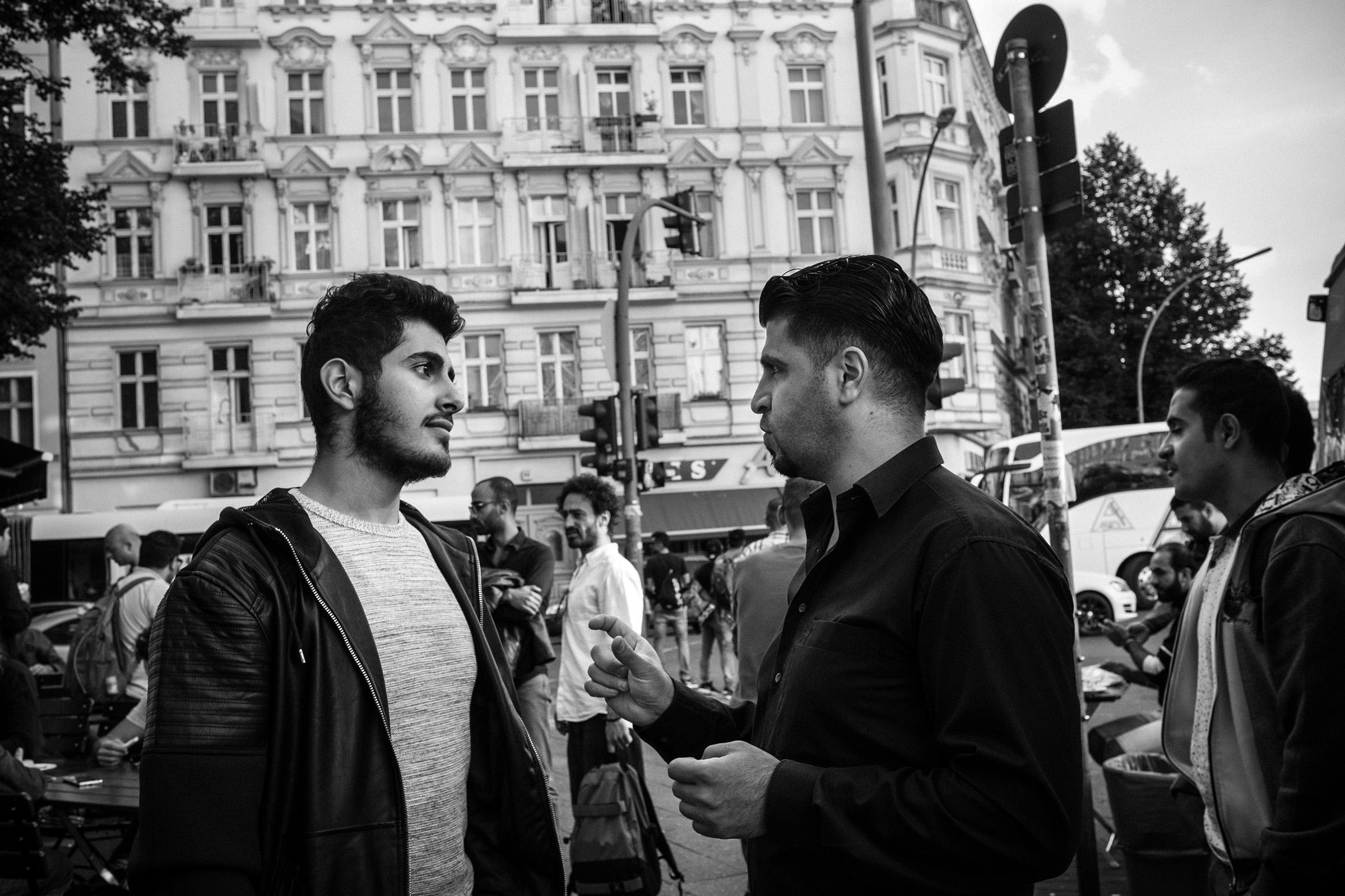 fluechtlinge-syrien-berlin-asyl-integration-sonnenallee