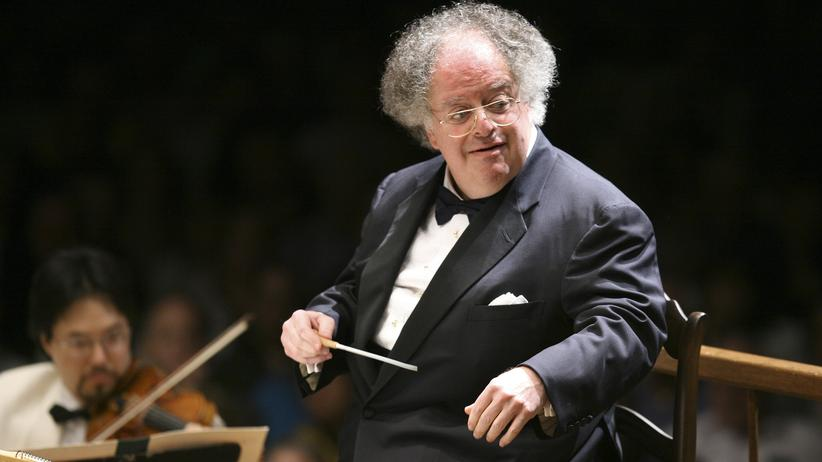 James Levine James Levine bei einem Konzert in Massachusetts