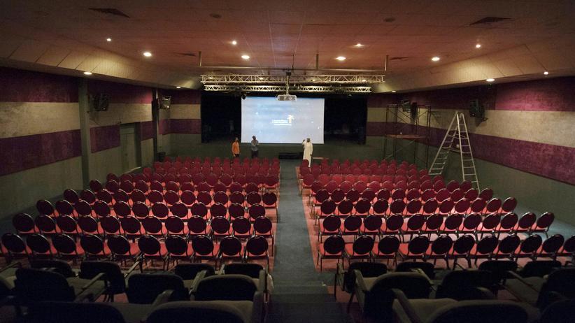 Naher Osten: Das dritte saudische Filmfestival im März 2016 fand noch in einem Kulturzentrum in Dammam statt, 400 Kilometer östlich von Riad.