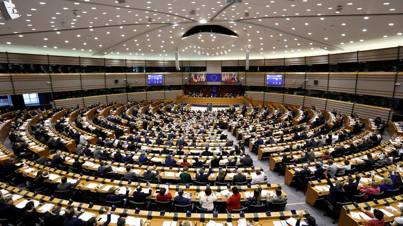 EU-Parlament: EU-Pensionsfonds droht die Pleite