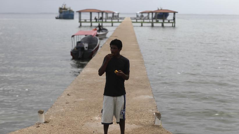 Starkes Erdbeben bei Honduras - Warnungen vor Tsunami